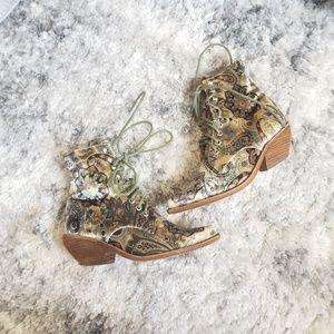 Jeffrey Campbell Elmcroft Velvet Boots size 5.5